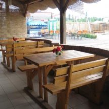 Кафе рыбацкий Кордон. Столики.